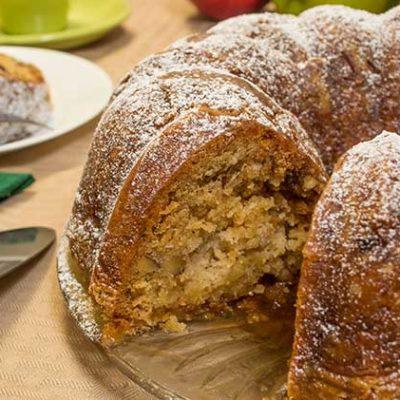 Old Fashioned Apple Dapple Cake