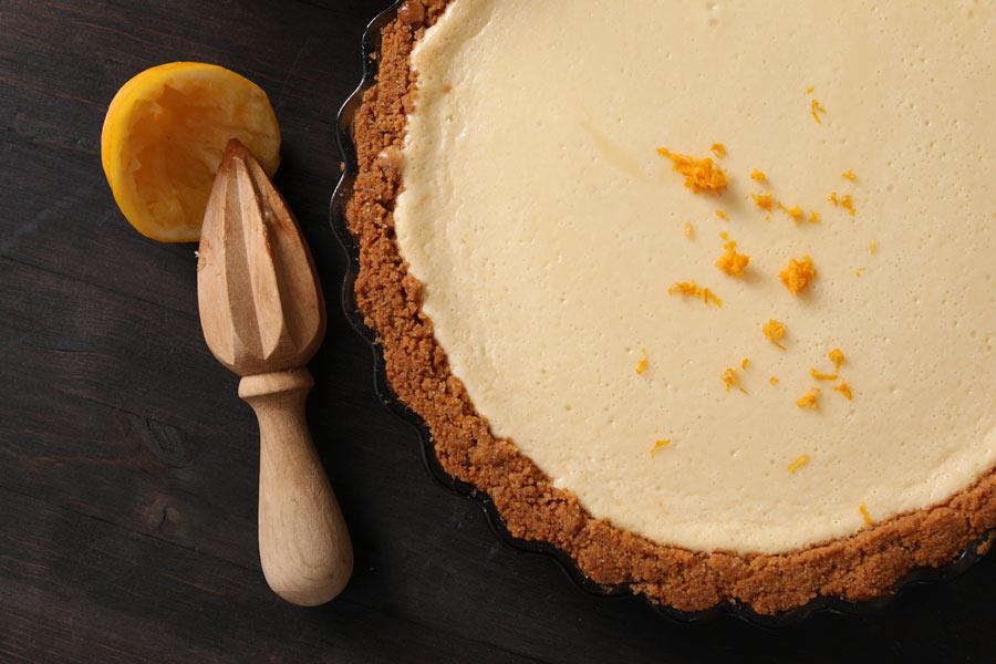 Lemon Pie with grahame craker crust in round pan